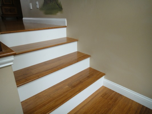 ... Strand Woven Bamboo Flooring On Stair Treads, White Painted Risers,  Cedar Rapids ...